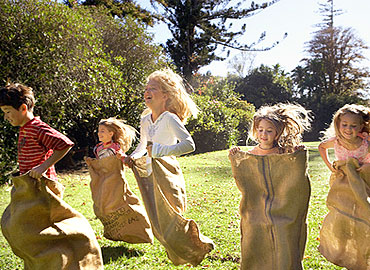 Best Outdoor Games for Kids, Fun, easy and Active!
